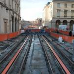 Tram Orleans Arbeiten vor dem Rathaus 2011