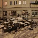 Fahrräder in einer Baustelle